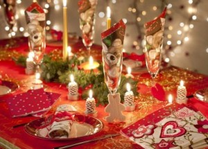Как украсить стол на новый год - год Петуха, полезные советы