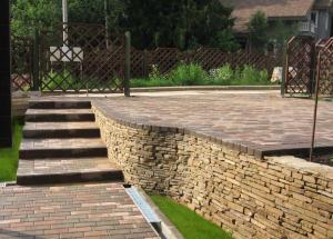 Конструкция подпорной стенки: дизайн, материал для подпорной стенки. Подпорные стенки на участке своими руками.