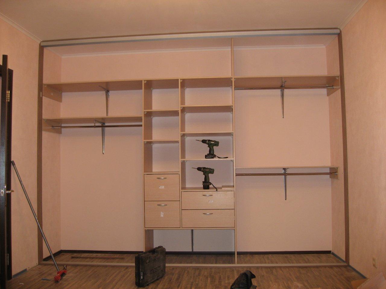 Шкафы встроенные в стену своими руками