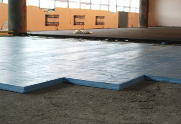 Утепляем бетонные полы своими руками