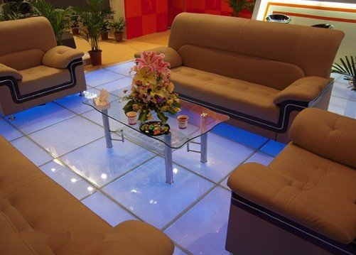 LED-Anti-Slip-Glass-Floor
