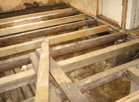 préparation d'un plancher rugueux