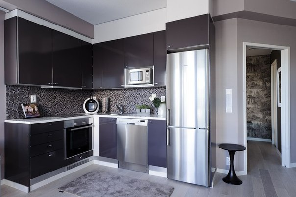 Дизайн угловой кухни справа