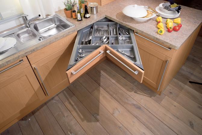 Мебель для кухни своими руками для маленькой кухни 97