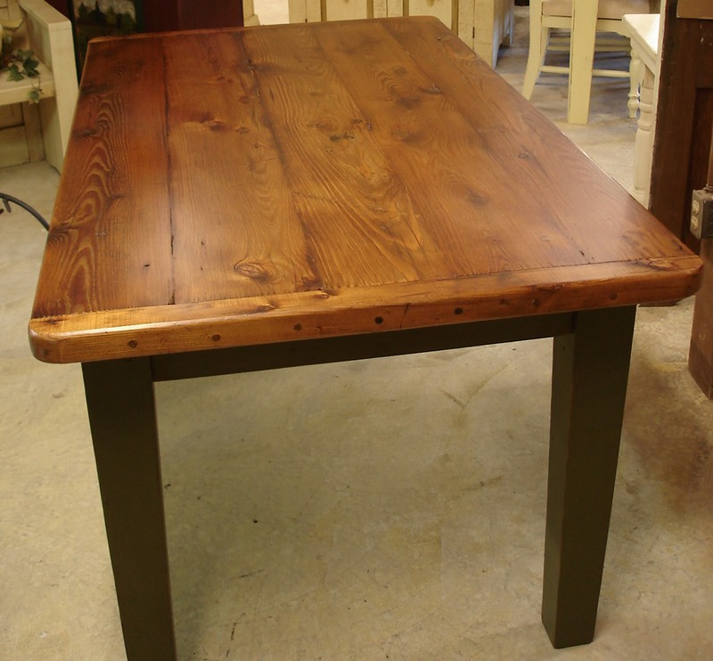 Изготовление из дерева столов своими руками 74
