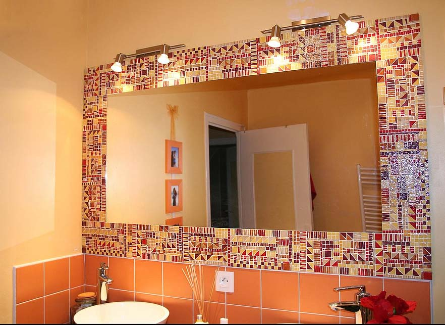 Зеркало в ванной своими руками