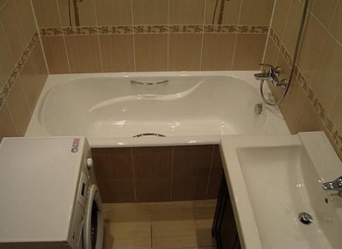 dizajn-vannoj-sovmeshhennoj-s-tualetom