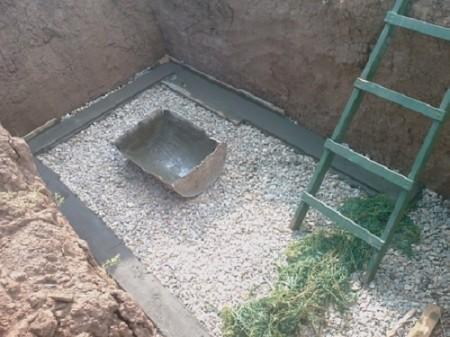 Фундамент погреба в гараже