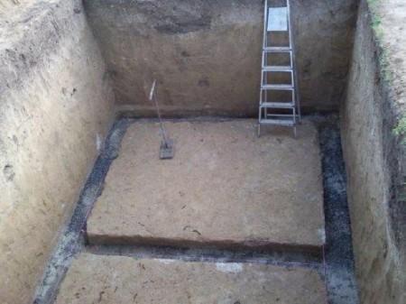 Roem jama u podrumu