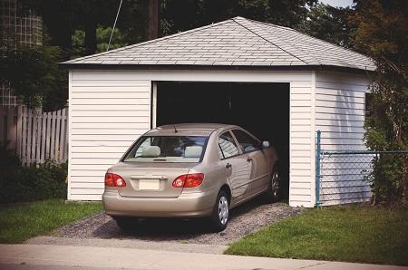 како да изберете место за гаража