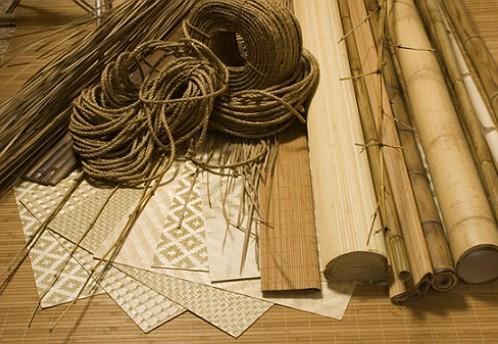 kak-kleit-oboi-iz-bambuka