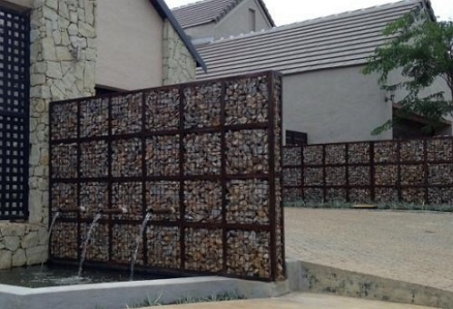 Gabion water feature_Lrg_lrg