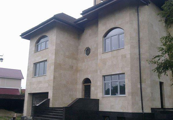 Фасад дома из плитки фото