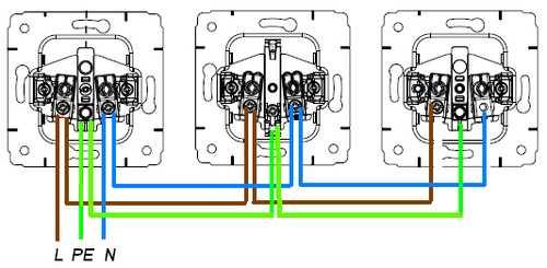 shema-podkljuchenija-3-4-rozetok