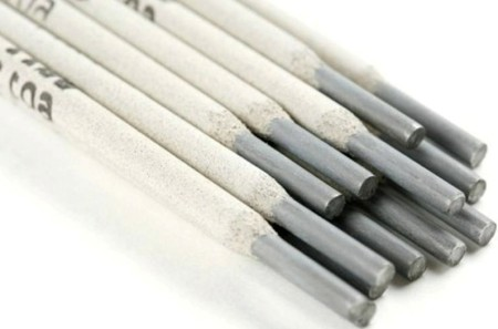 vidy-jelektrodov-dugovoj-svarki-neplavjashhiesja-mednye-1