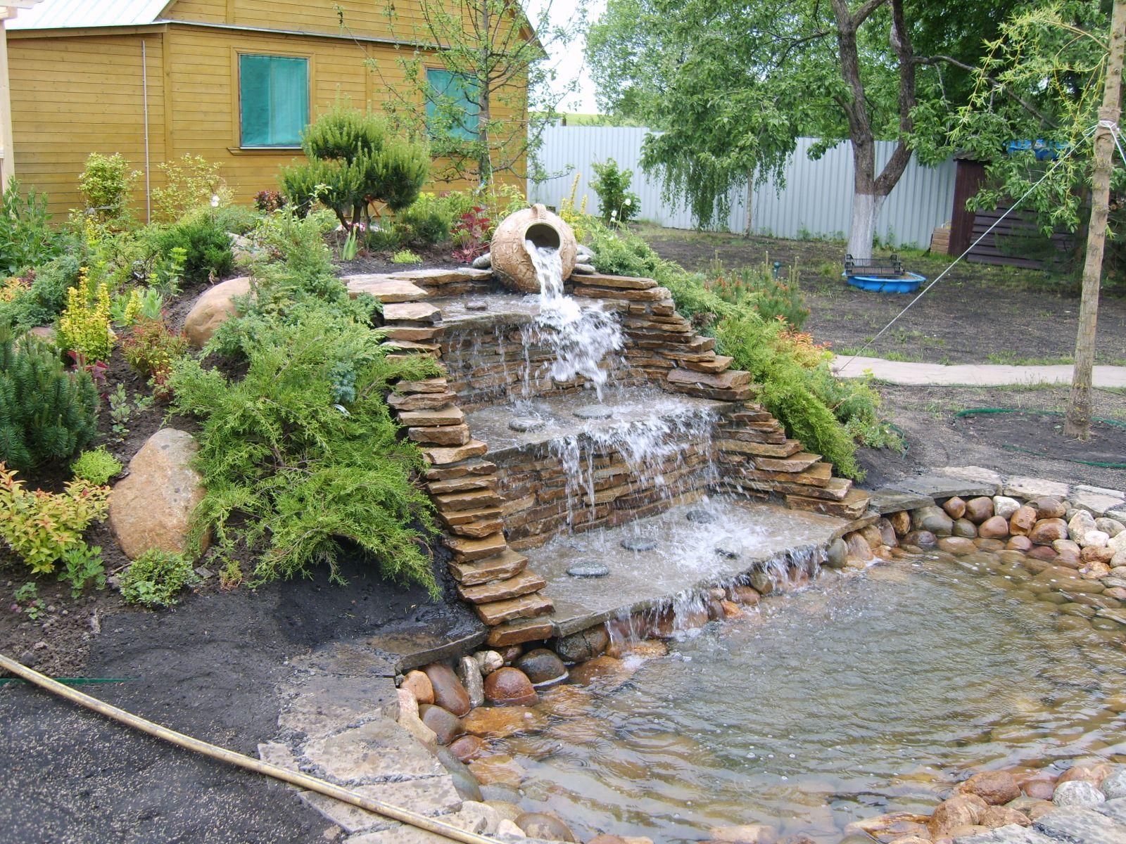 Ручей с фонтаном своими руками 32