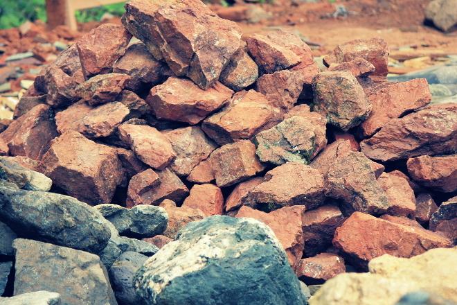 kakie-nyuansy-stoit-uchityvat-zanimayas-vozvedeniem-bani-1