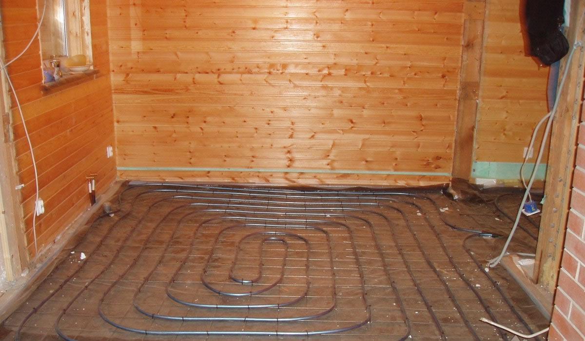 Как утеплить бетонный пол в доме своими руками 35