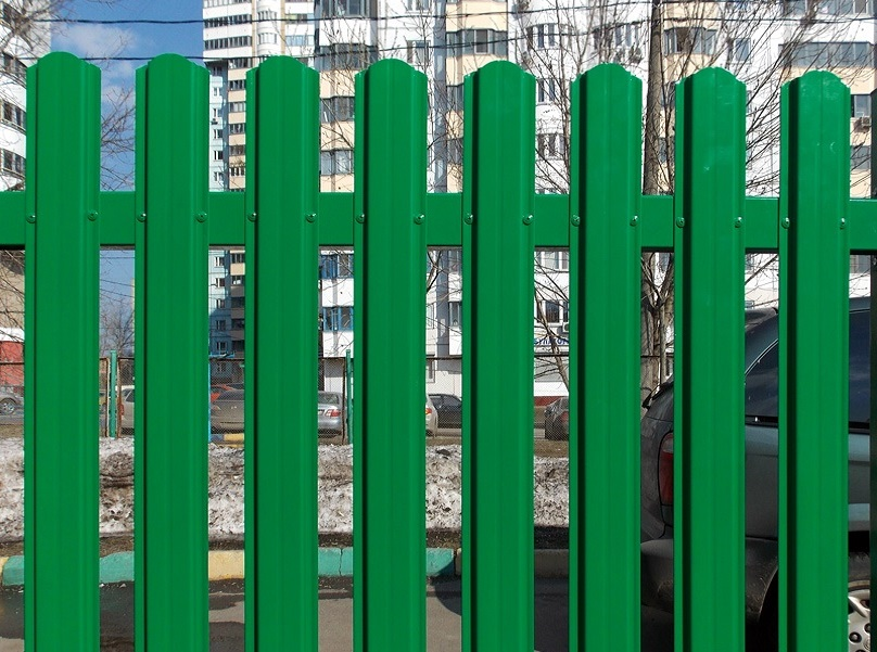 Штакетник зеленый как самому варить распашные ворота