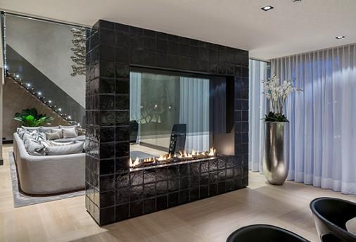 1-black-interior
